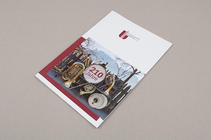 A4 Jubliäumszeitschrift