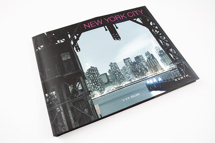 Großformatiges Bilderband mit Hardcover